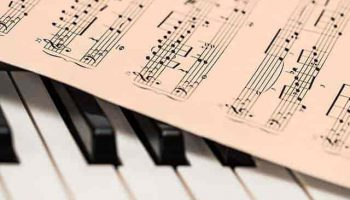Scholarships for College Students Interested in Music
